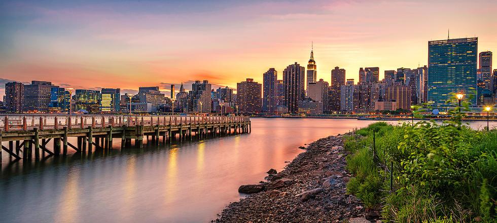 (FIAP 2020-057,) Manhattan View from LIC
