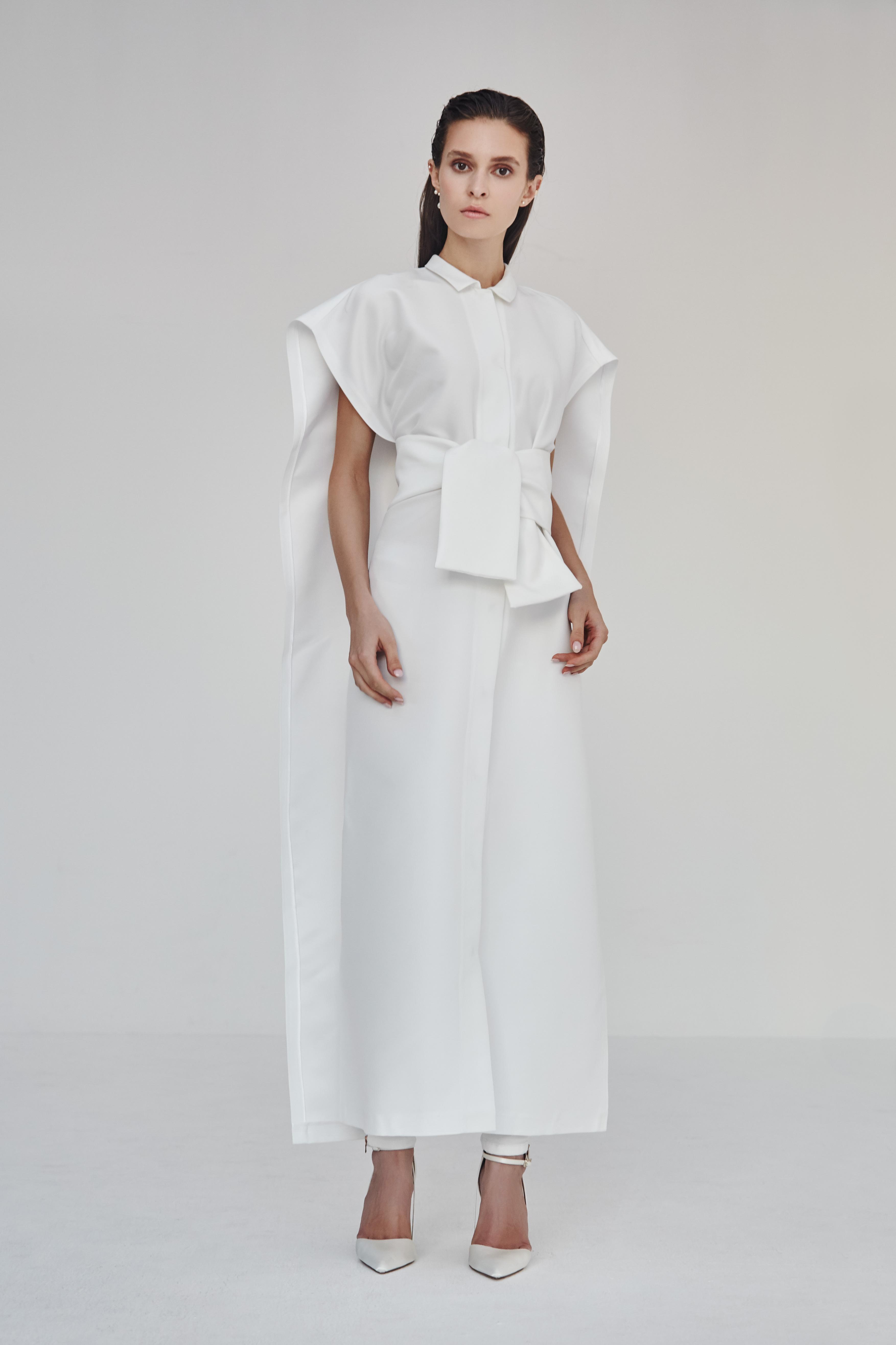3.8-white-lookbook