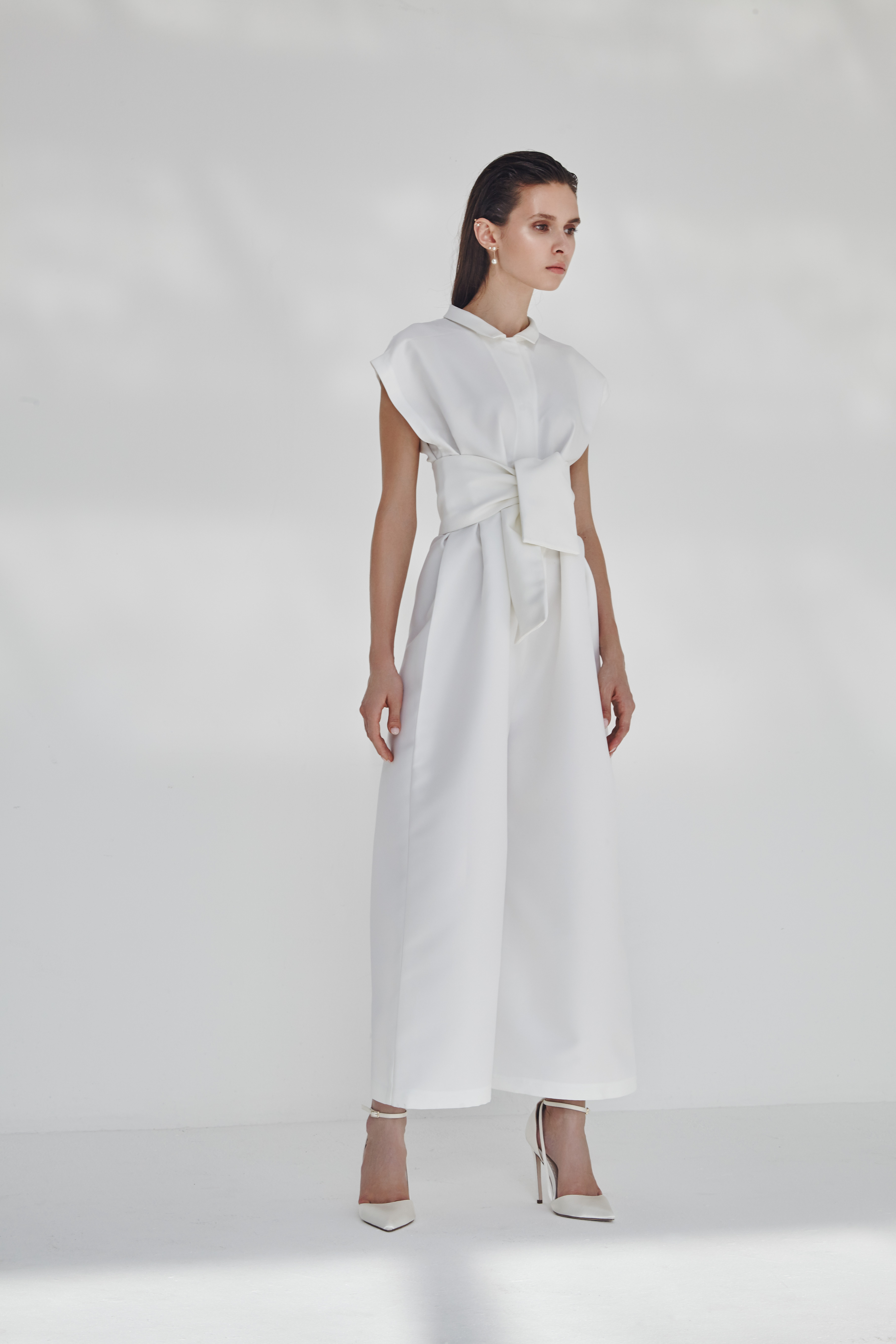 3.10-white-lookbook