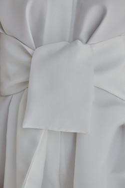 3.10-white-detail