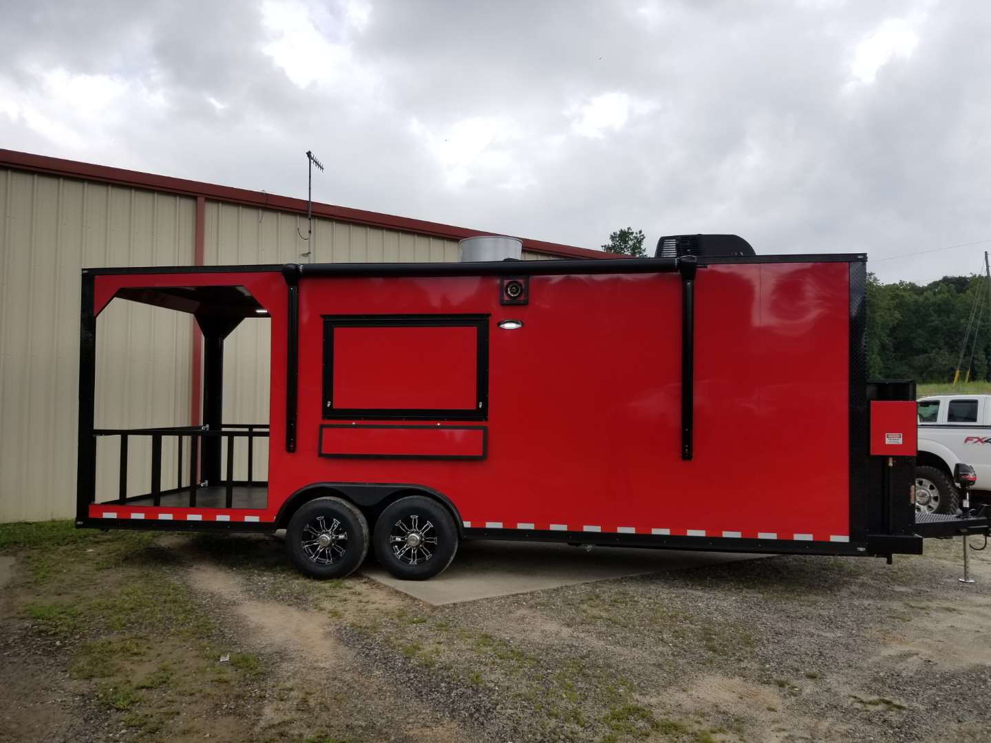 24' Porch Trailer