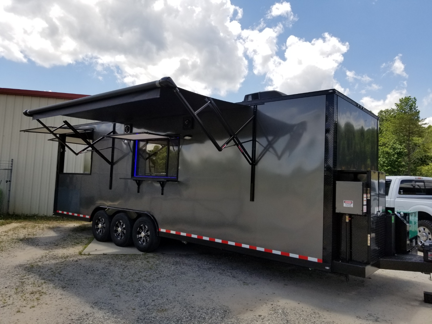 28' Smoker Porch Trailer