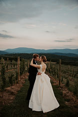 12-ridges-vineyard-wedding--40.jpg