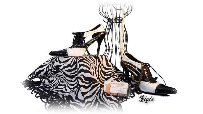 leona vanity shot 2.jpg