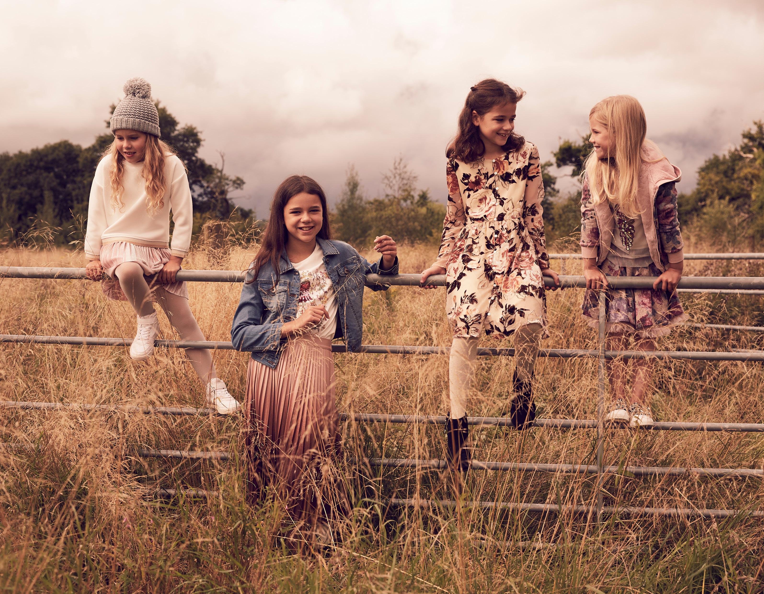 FG4_GIRLS BANNERS7