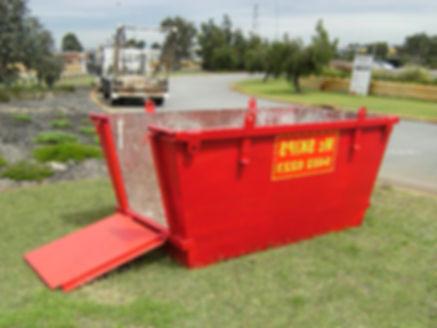 image of a 4m³ skip bin