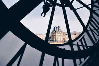 5 O'clock Louvre