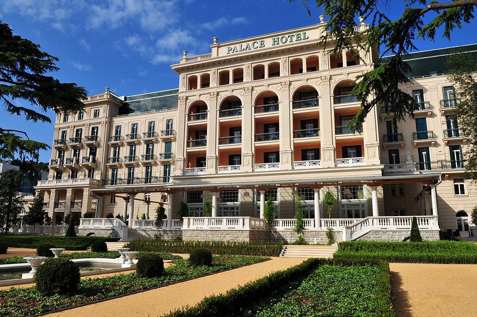 Tina Demsar-Kempinski Palace Hotel Porto