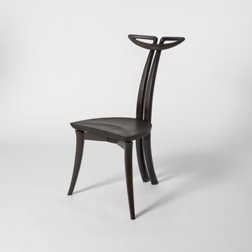 Ren (蓮) chair