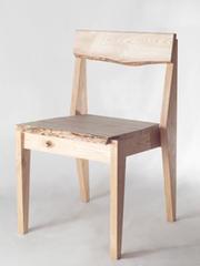 飛騨材の椅子