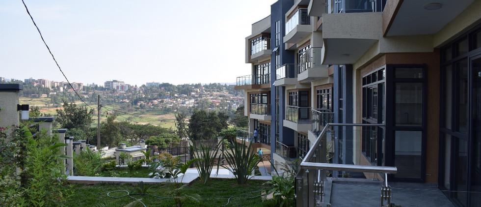 mayfair golf view apartments (28).JPG