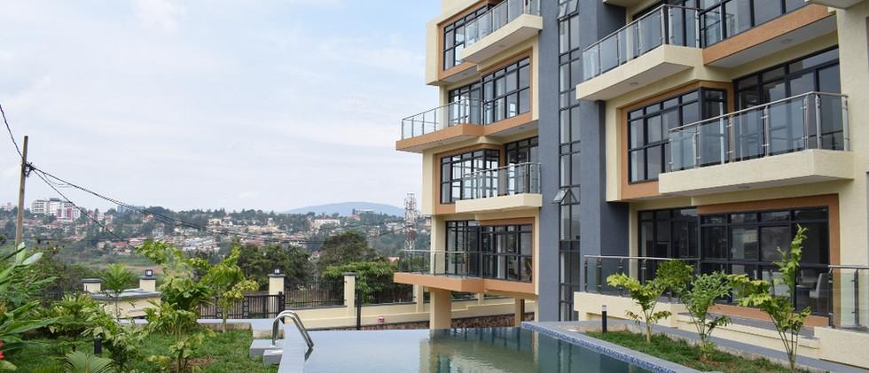 mayfair golf view apartments (17).JPG