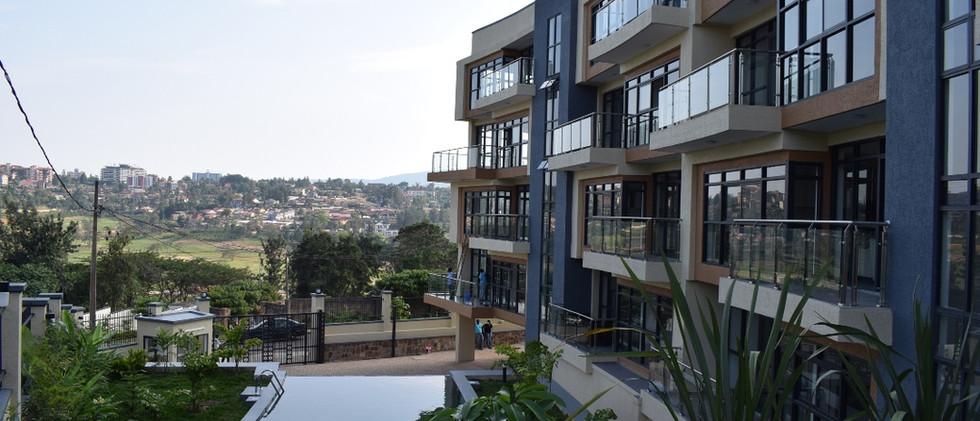 mayfair golf view apartments (32).JPG