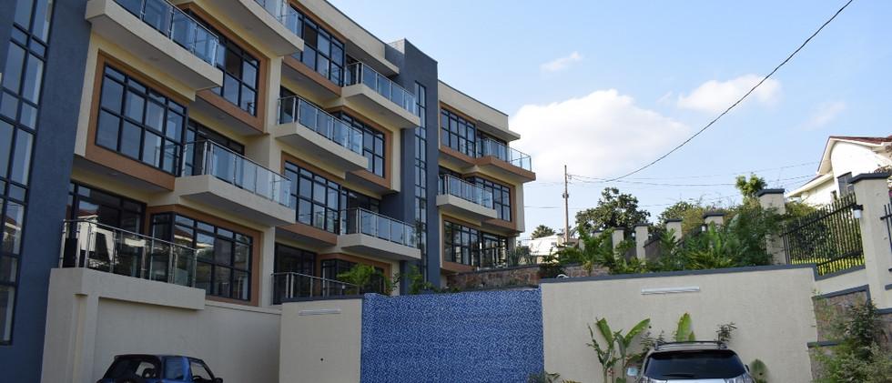 mayfair golf view apartments (36).JPG