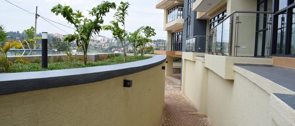 mayfair golf view apartments (21).JPG