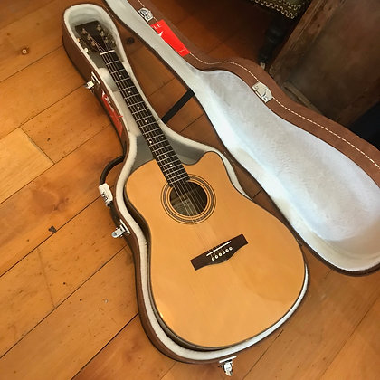 Vietnamese Luthier Acoustic Guitar High Quality