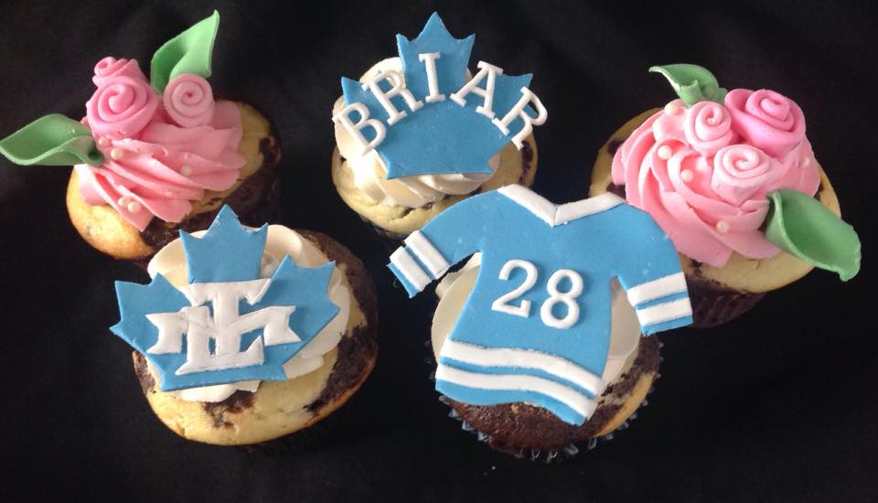 Maple Leafs & ribbon roses