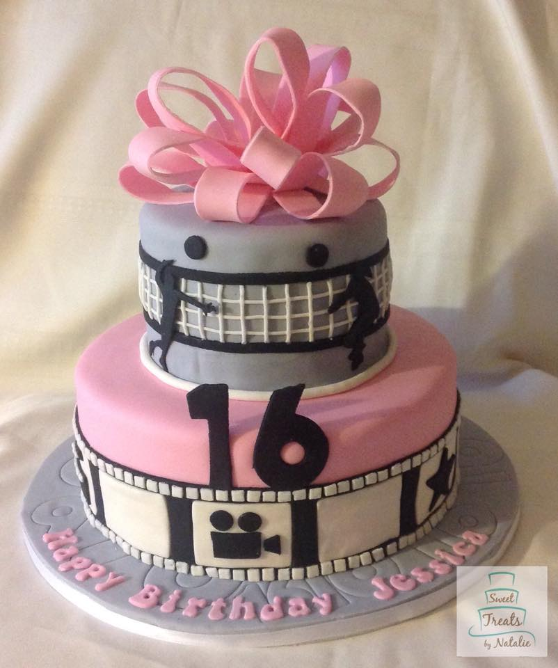 Volleyball & movies Sweet 16