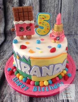Shopkin with characters cake