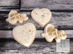 Love & Hearts Wedding cookies