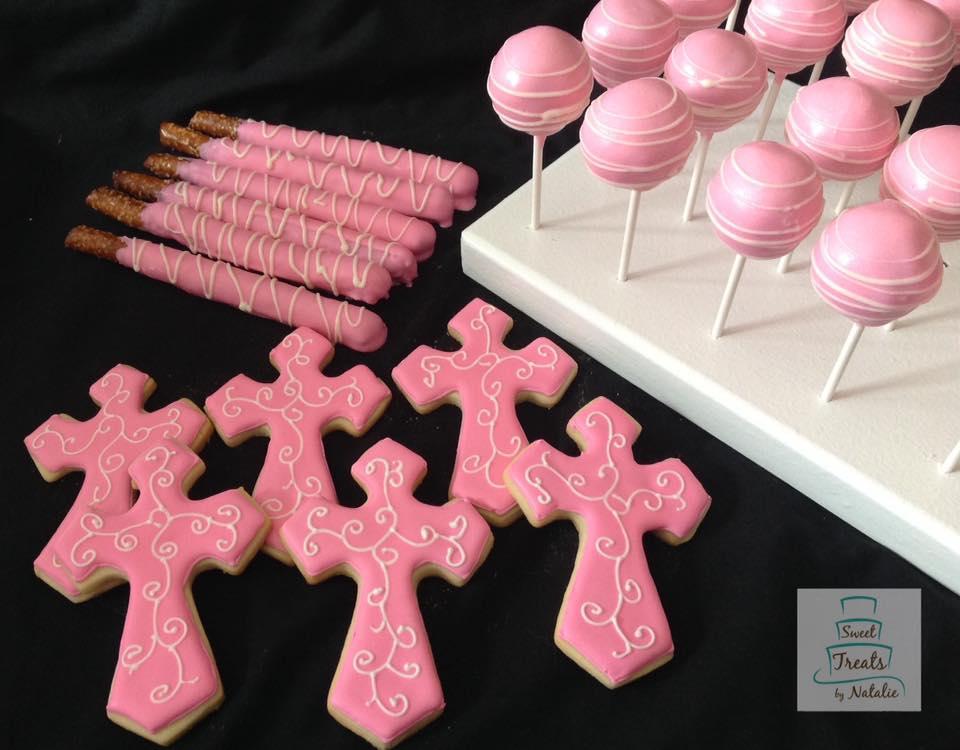 Pink crosses with pretzels & cakepop