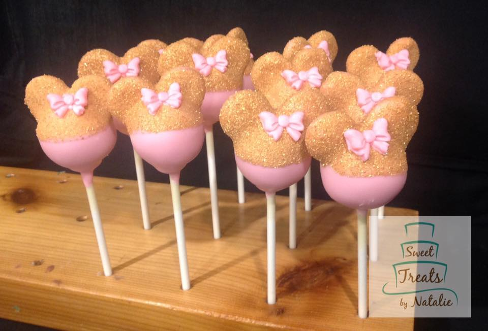 Gold Minnie Mouse cakepops