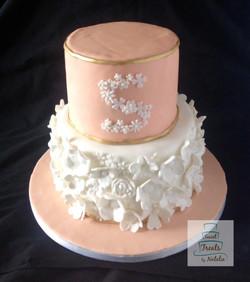 Peach flowers cake