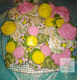 Flowers & Monogram cookies