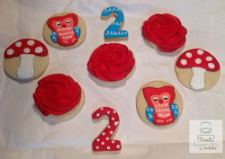 Woodland cookie theme