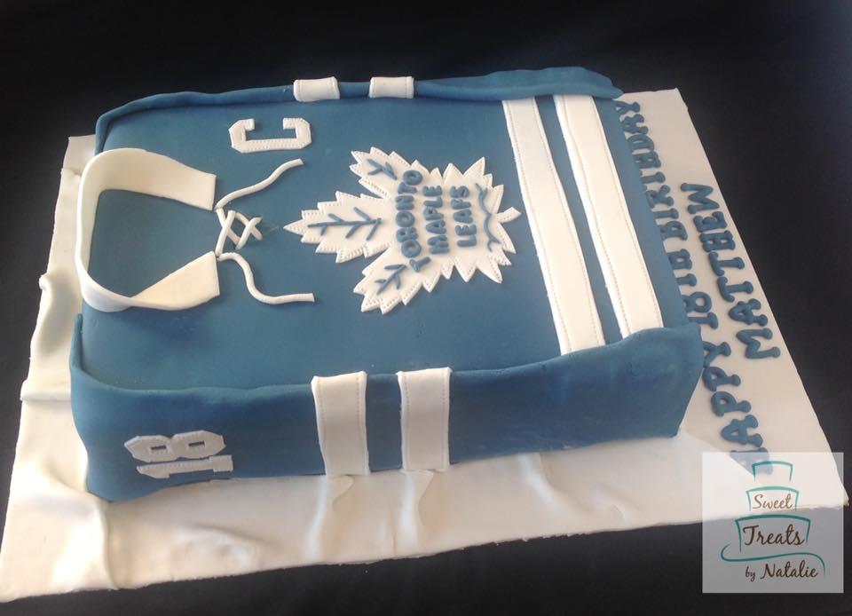 Toronto Maple Leafs jersey cake