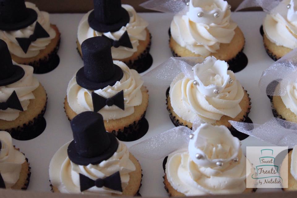 Bridal veil and top hat topper cupca