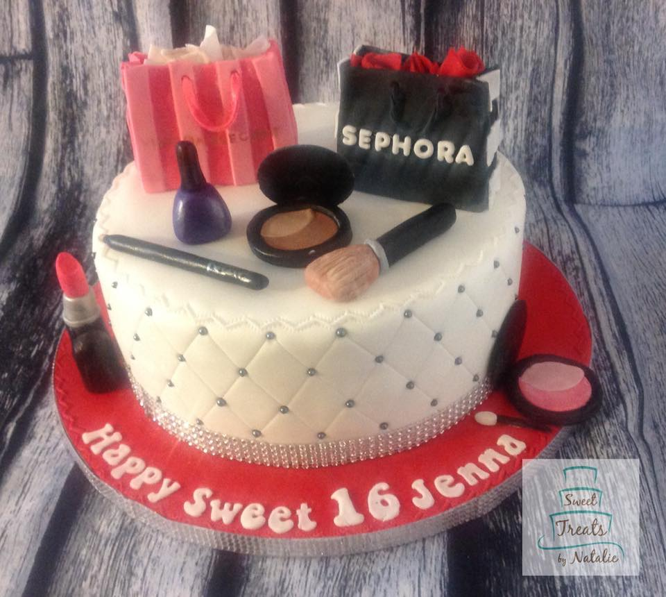 Shopping bags and make up cake