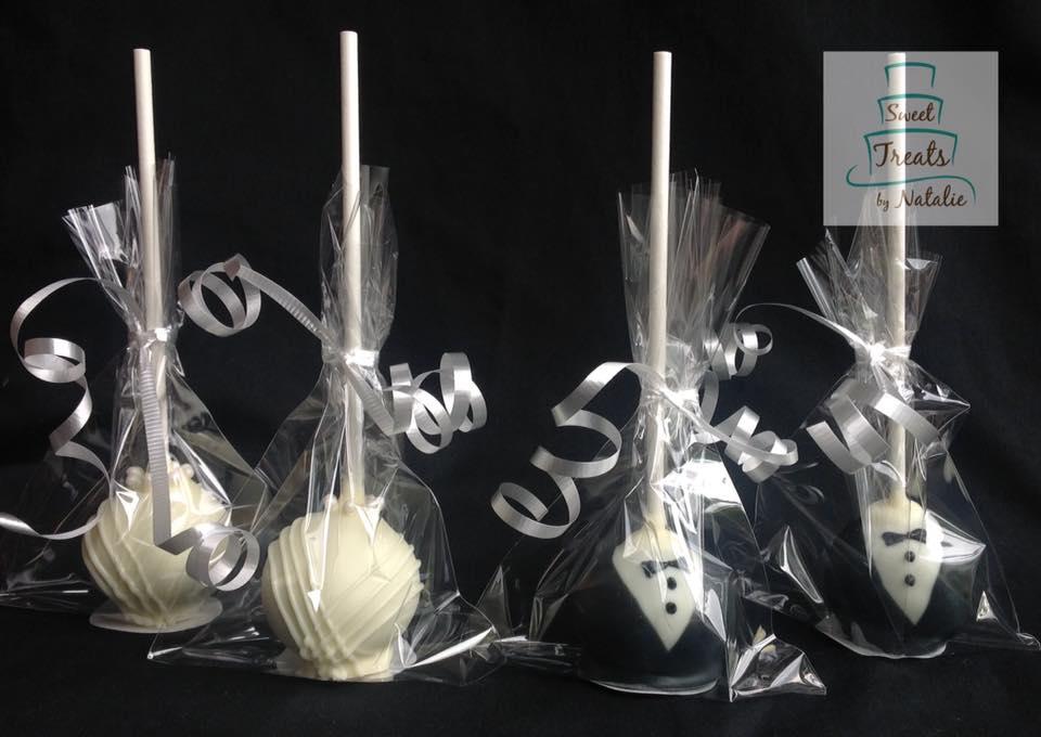 Bride & Groom Cakepops