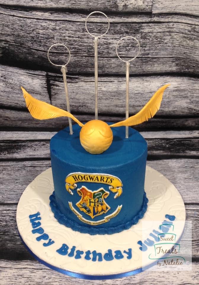 Harry Potter Hogwarts cake