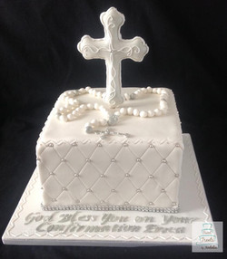 White & silver Confirmation cake