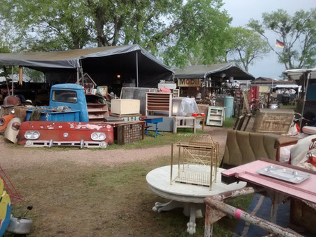Top 3 Vintage and Antique Shopping Vacation Destinations