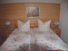 Schlafzimmerbild-002.jpg