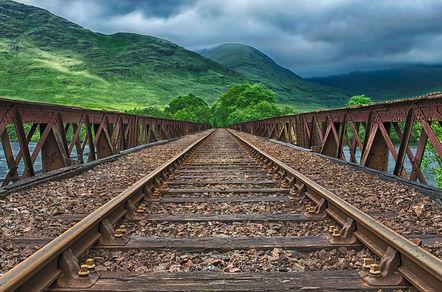 railway-2439189_1280.jpg