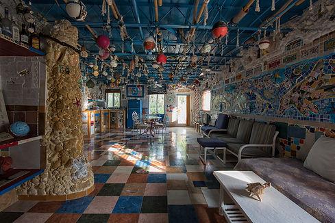 interior-2nd-floor-dolphin-house-bimini.