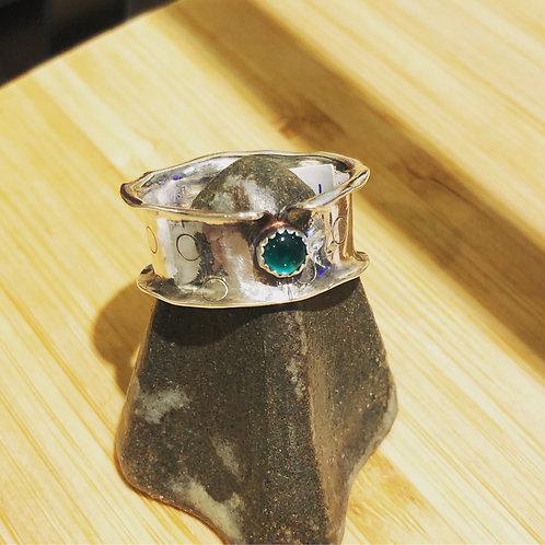 Bred sølvring m/Grønn Onyx