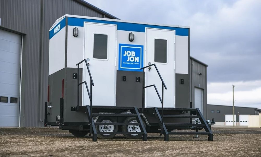 Reasons Your Construction Site Needs Portable Restrooms