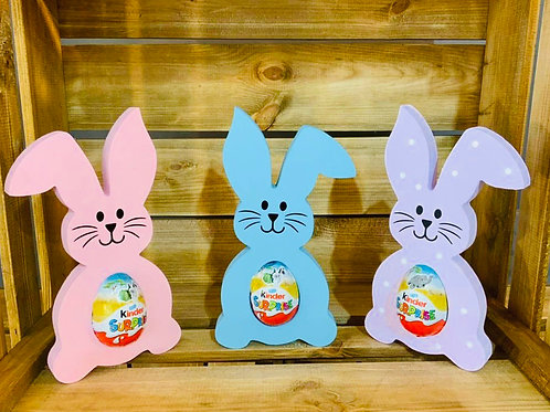 Easter Bunnies (includes egg)