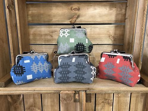 Tapestry print purse