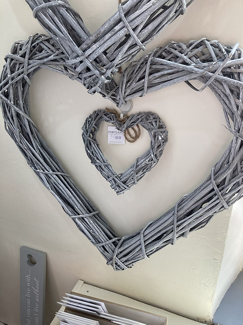 60cm wicker heart