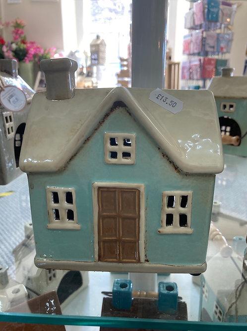 Ceramic tealight cottage