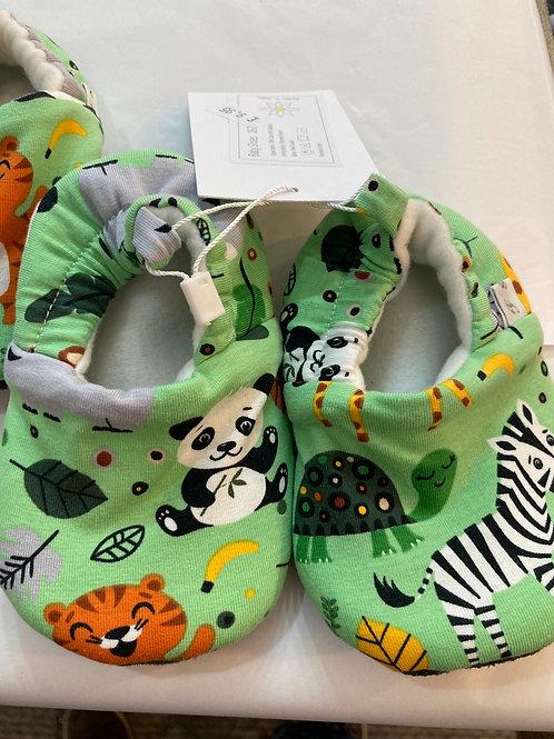 Jungle slippers