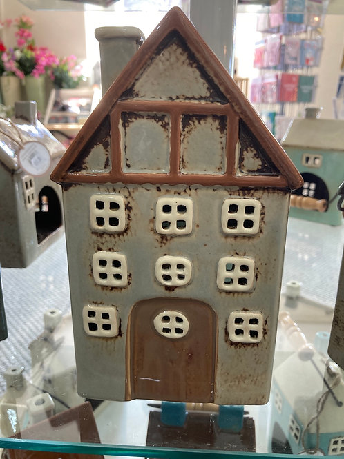 Pottery tealight house