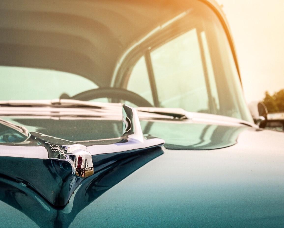Vintage car - Dusk