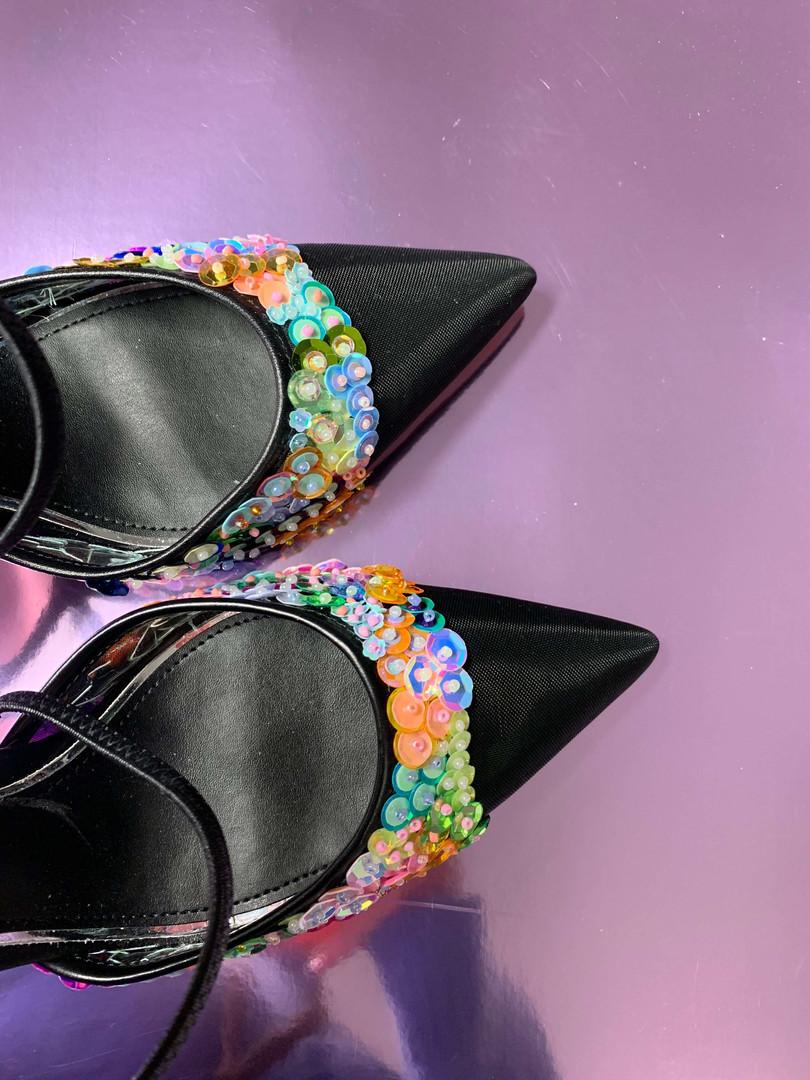 flesh-custom-order-embroidery-shoes-oslo