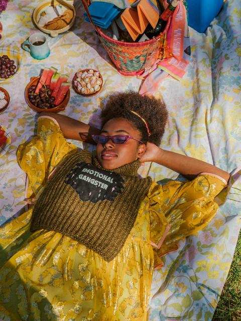 Flesh-official-woolit-summer-picnick-gla
